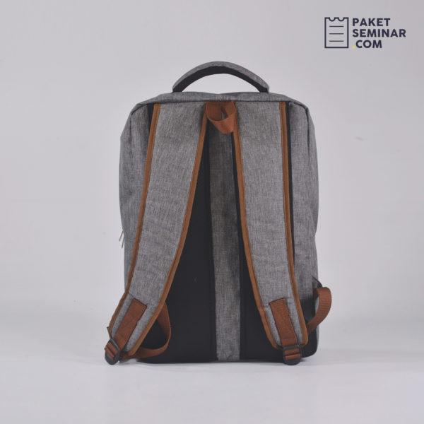 TP19 - Tas Backpack Simple Abu